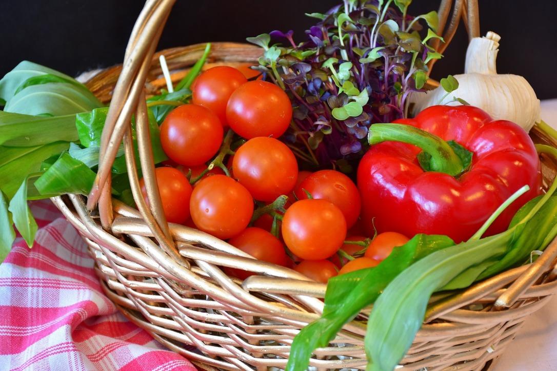 vegetables-2179845_1920